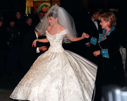 Mexican singer and actress Thalia arrives for her wedding to Sony Music Entertainment chairman and CEO Thomas D. Mottola at New York's St. Patrick's Cathedral Saturday, Dec. 2, 2000. Photo: LOUIS LANZANO, AP / AP