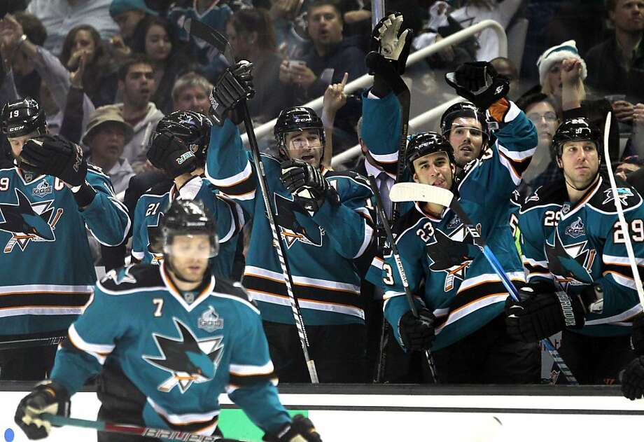 The Sharks' bench celebrates during the third period of the Sharks' 4-0 win over Anaheim, their second in three days. Photo: Lance Iversen, The Chronicle