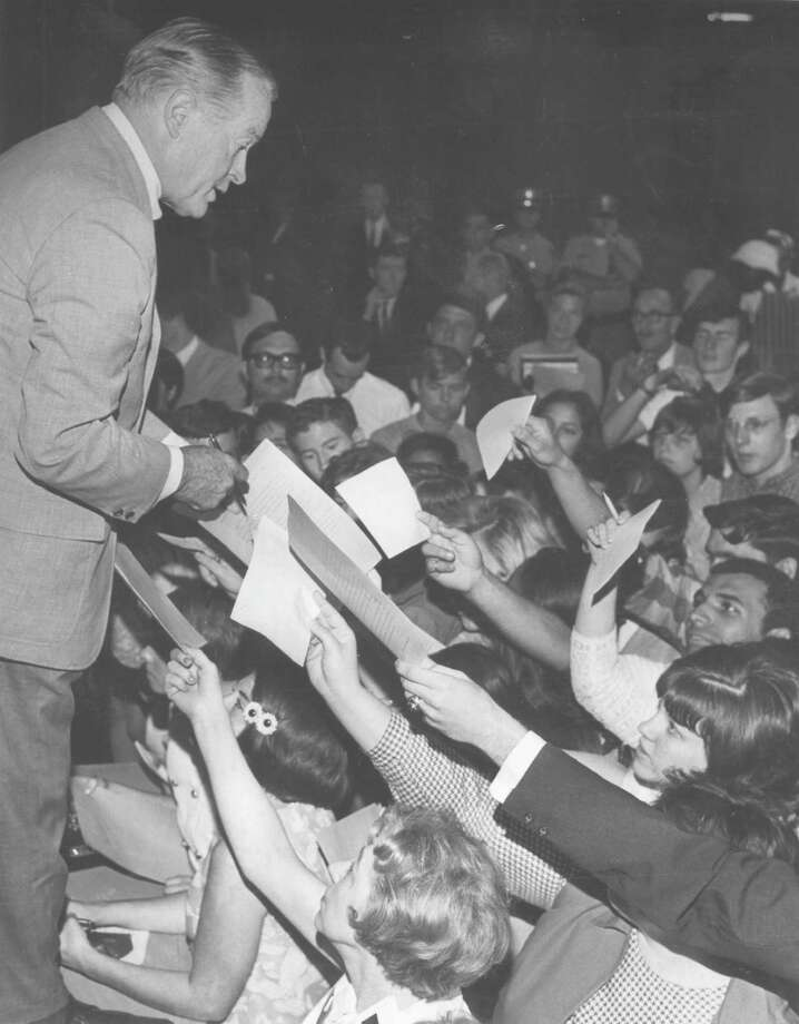 Fans seek autographs from Bob Hope at HemisFair '68 in May 1968. Other famous visitors to HemisFair included Louis Armstrong and Princess Grace of Monaco. Photo: San Antonio Express-News File Photo / SAN ANTONIO EXPRESS-NEWS