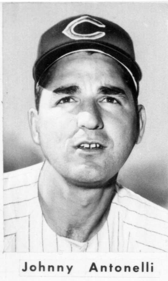 JOHNNY ANTONELLI (1959): Giants pitcher Johnny Antonelli, shown here as a Chicago Cub, also pitched three Opening Days for the Giants in New York. Photo: Chronicle File / ONLINE_YES