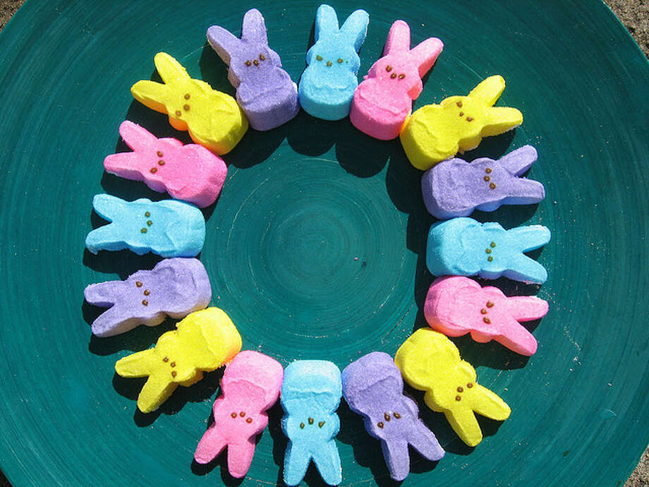 Peep wreath(Qfamily / Flickr Creative Commons)