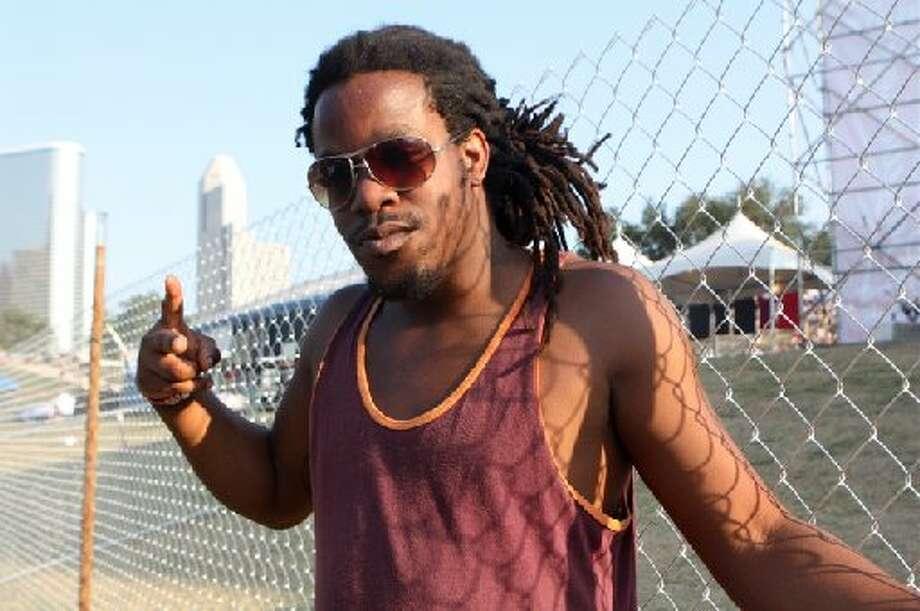 Houston rapper Nosaprise went red on Facebook.