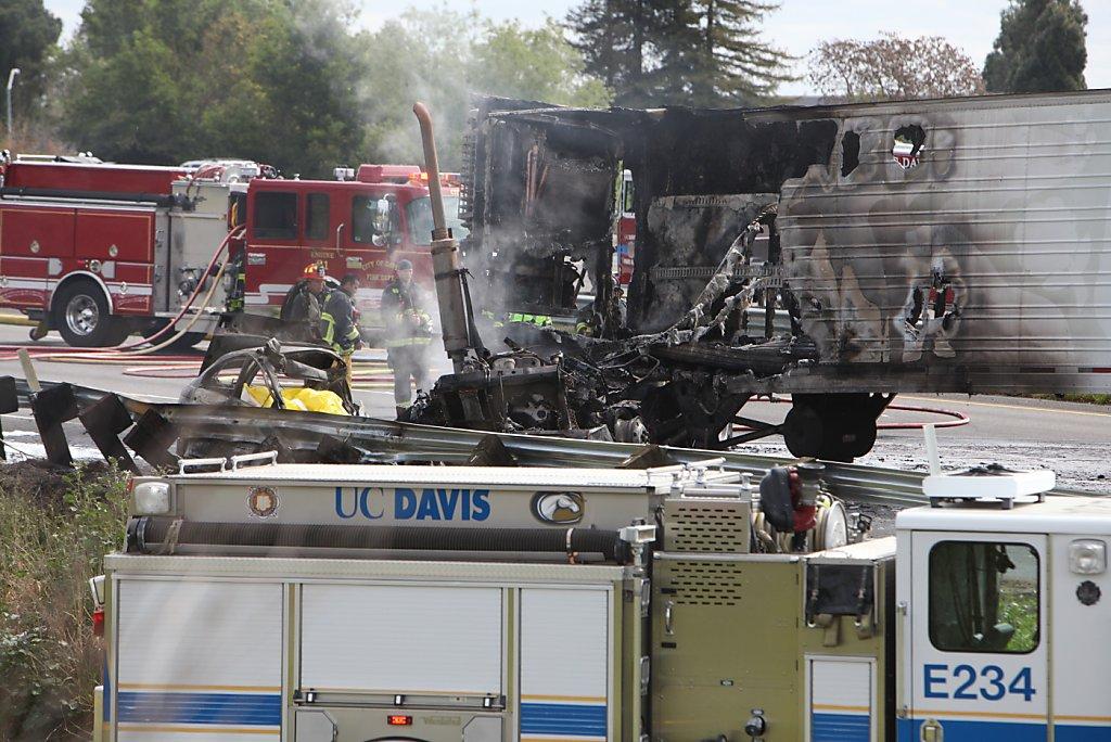 Trucker chokes, causes fatal I-80 crash - SFGate