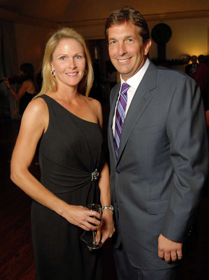 Heather Colby and John Goodman at the Memorial Park Conservancy Gala at The Bayou Club Thursday Oct. 15,2009. Photo: Dave Rossman, For The Chronicle / Freelance