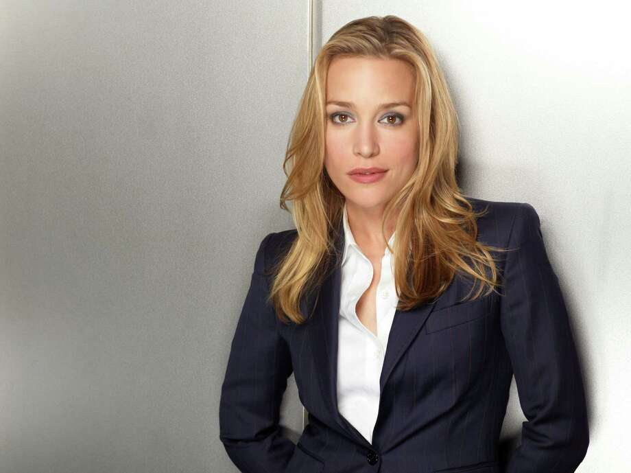 Piper Perabo  Photo: Robert Ascroft, Robert Ascroft/USA Network / Gallery
