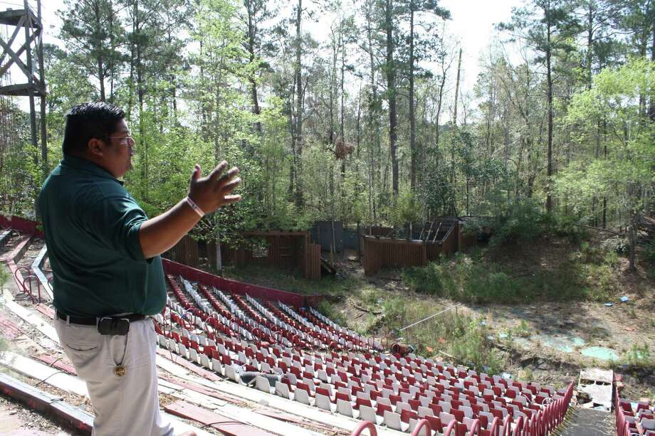 This theater was removed to make way for the new casino. Photo: TRACY L. BARNETT, For The Chronicle / Freelance