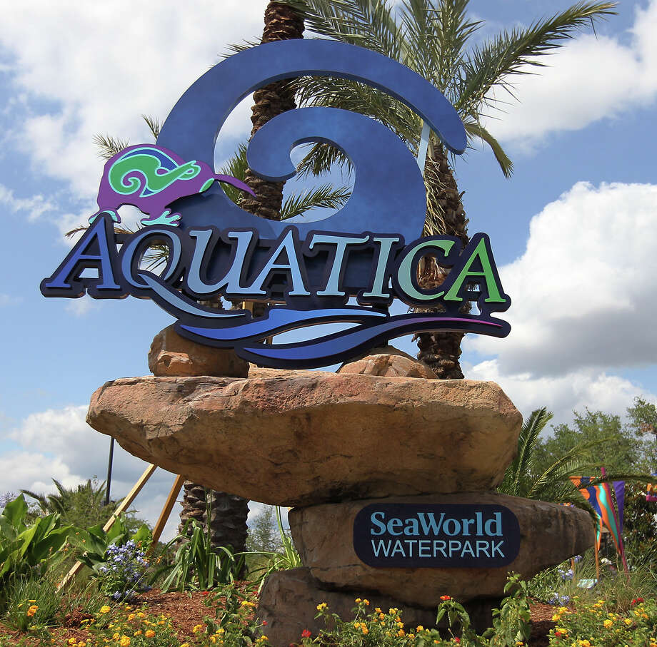 SeaWorld San Antonio's water park, Aquatica, helped boost parent company SeaWorld Entertainment Inc.'s 2012 profits 300 percent over the previous year. Photo: KIN MAN HUI, SAN ANTONIO EXPRESS-NEWS / ©2012 San Antonio Express-News
