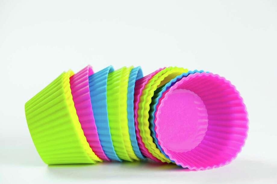 baking silicone cups for cupcakes or muffins Photo: Nataliya Hora / Nataliya Hora - Fotolia