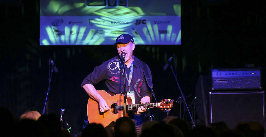 "Richard Thompson, performing at the Parish during South by Southwest in Austin last month, has released a new CD, ""Electric."" Photo: Edward A. Ornelas / San Antonio Express-News"
