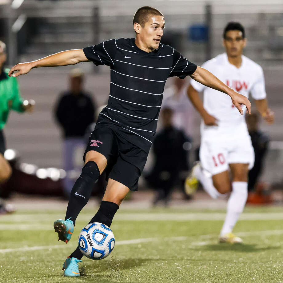 The Scorpions' Bryan Jordan, who scored a goal in an exhibition Wednesday against Incarnate Word, hopes to continue to earn playing time at striker. Photo: Marvin Pfeiffer / San Antonio Express-News
