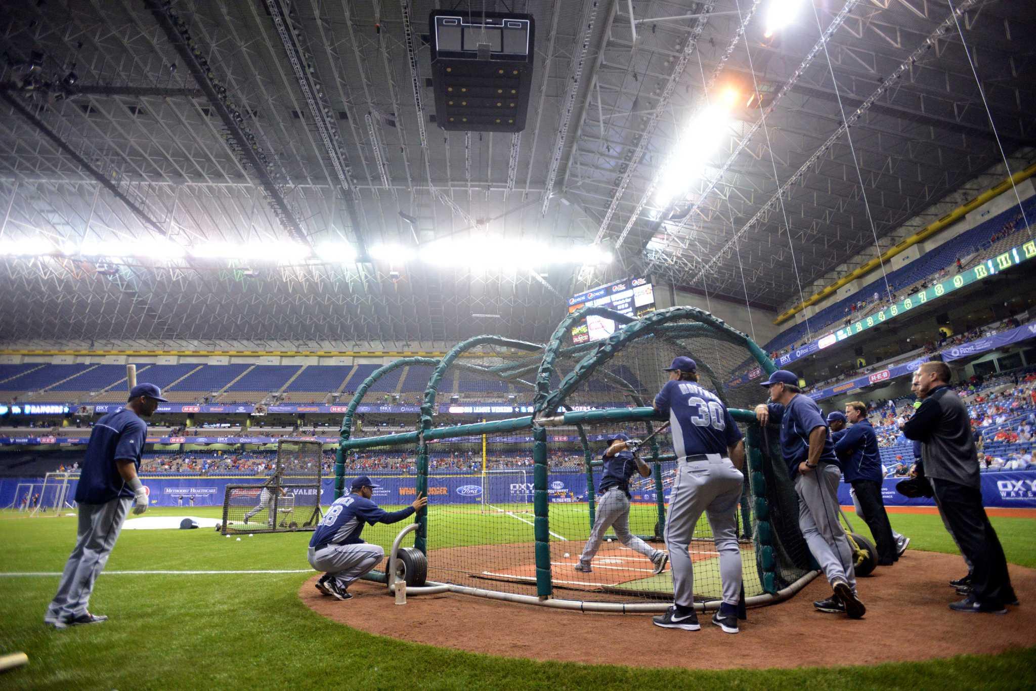 Baseball At The Alamodome San Antonio Express News