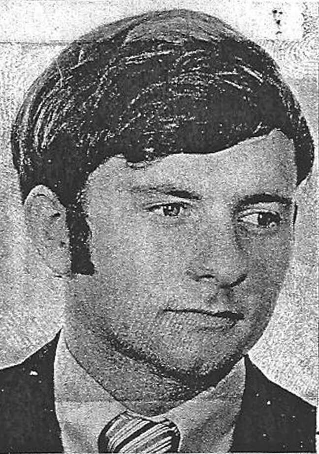 "This 1977 license picture provided by the Oklahoma Board of Dentistry shows Dr. Scott Harrington. Health officials urged thousands of patients of Harrington, an oral surgeon, to undergo hepatitis and HIV testing, saying unsanitary conditions behind his office's spiffy facade posed a threat to his clients and made him a ""menace to the public health."" (AP Photo/Oklahoma Board of Dentistry) Photo: Uncredited"