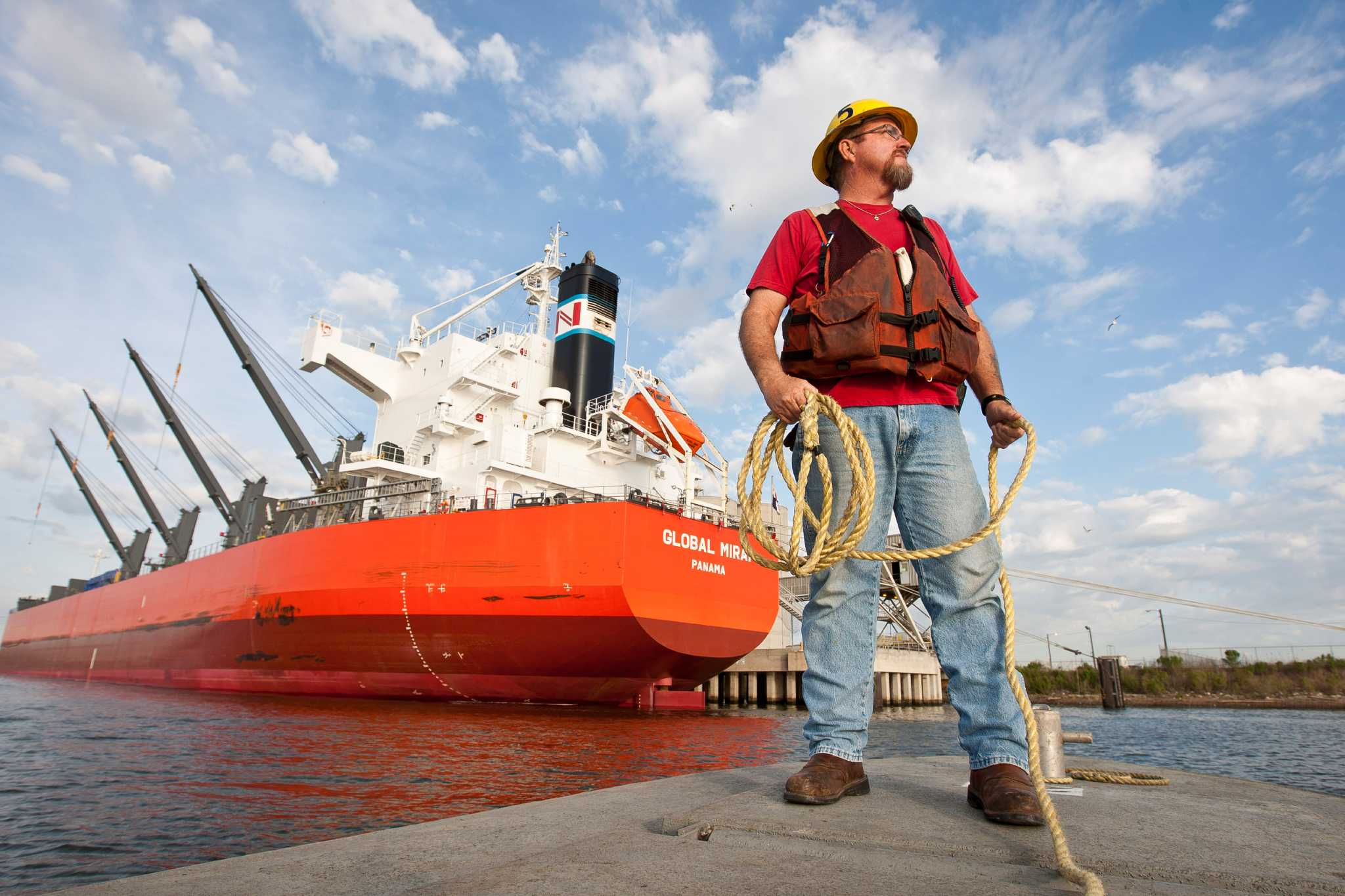 Lives of Houston port workers documented in folklore ...