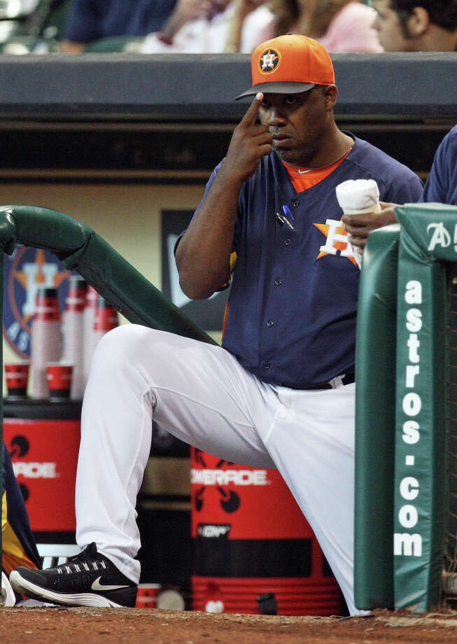 The Houston Astros manager Bo Porter during the first inning of MLB exhibition game action against the Chicago Cubs at Minute Maid Park Saturday, March 30, 2013, in Houston . Photo: James Nielsen, Houston Chronicle / © 2013 Houston Chronicle