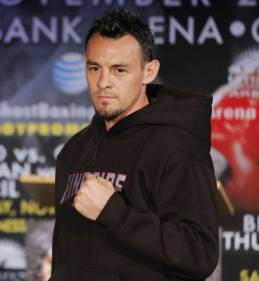 Boxer Robert Guerrero was arrested in New York for trying to board a flight with an unloaded gun.