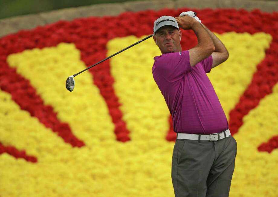 Stewart Cink turned a 4-under 68 Saturday into a share of the lead, but he lamented missed chances. Photo: Eric Christian Smith, Freelance