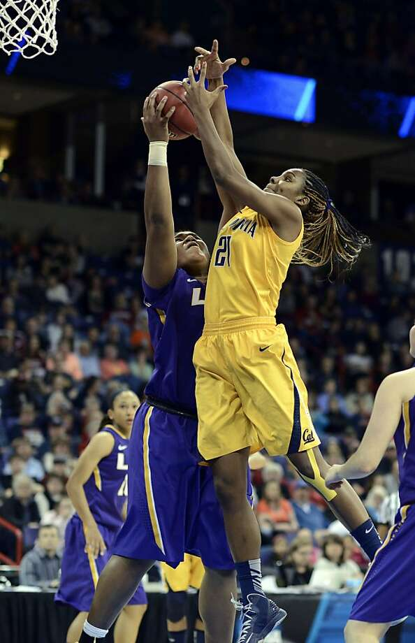 California's Reshanda Gray (21) shoots against LSU's Derreya Youngblood in the first half of a regional semifinal game in the NCAA women's college basketball tournament, Saturday March 30, 2013 in Spokane, Wash. (AP Photo/Jed Conklin) Photo: Jed Conklin, Associated Press