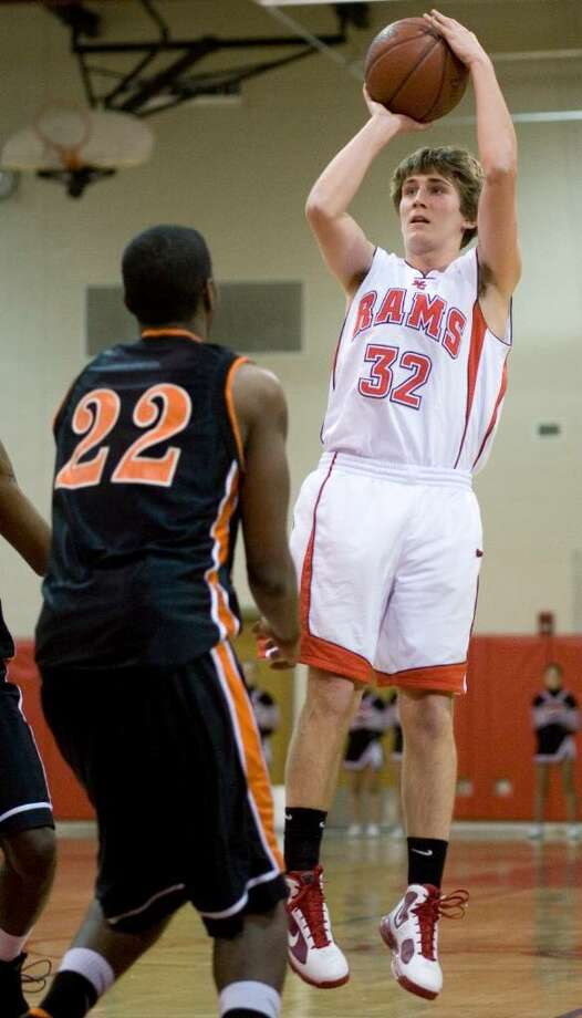 Stamford High School plays New Canaan High School in boys basketball in New Canaan. Photo: Kerry Sherck / Stamford Advocate Freelance