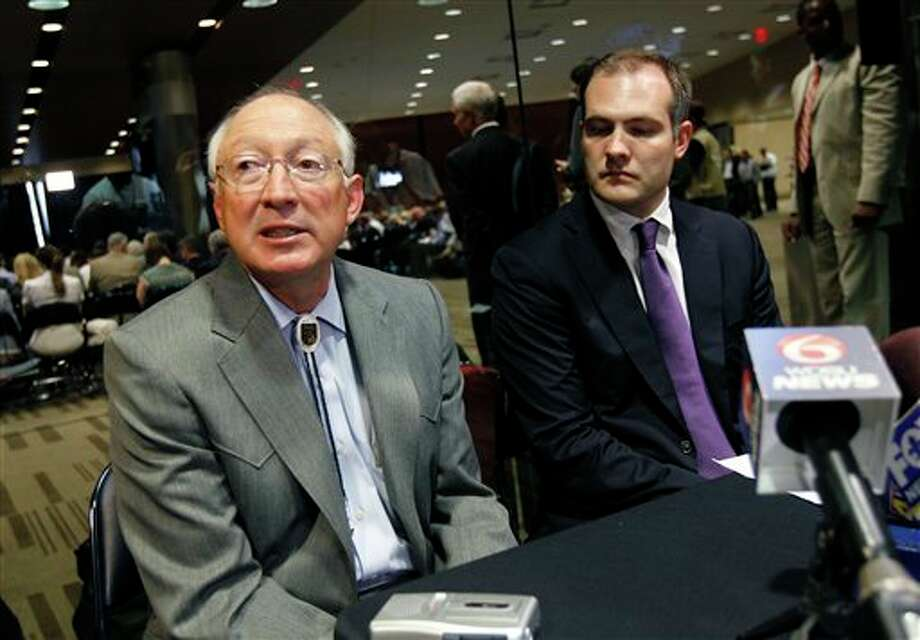 Interior Secretary Ken Salazar (left) and Bureau of Ocean Energy Management Director Tommy Beaudreau speak at a media availability during the Central Gulf of Mexico oil and gas lease sale in New Orleans, June 20, 2012. Photo: Gerald Herbert, AP / AP