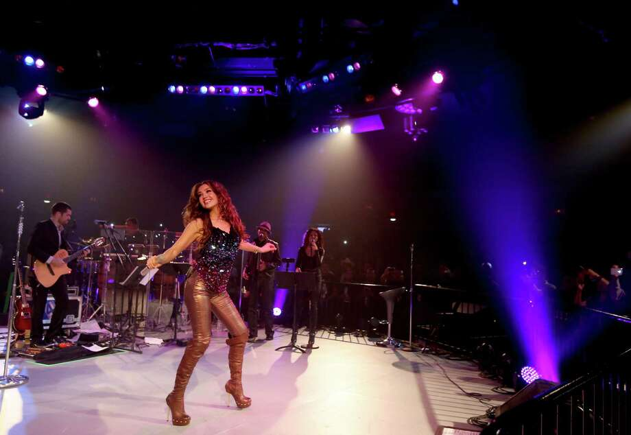 Mexican superstar Thalia performs. Photo: Thomas B. Shea, For The Chronicle / © 2013 Thomas B. Shea