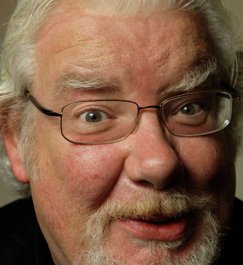 "Actor Richard Griffiths poses for a photograph in New York, in this June 18, 2008 file photo. Griffiths, the British actor who played the boy wizard's unsympathetic Uncle Vernon in the ""Harry Potter"" movies, has died. He was 65. Griffiths died Thursday March 29, 2013 of complications following heart surgery. Photo: AP"