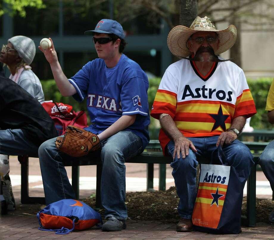 Astros or Rangers fan?Astros: 31 percentRangers: 44 percentNot sure: 25 percent Photo: Karen Warren, Houston Chronicle / © 2013 Houston Chronicle