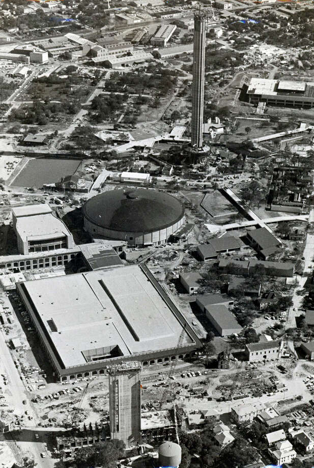 Construction continues on the Tower of the Americas in this undated photo. Photo: San Antonio Express-News File Photo