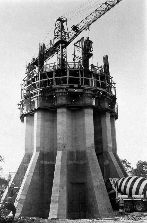 The base of the Tower of the Americas begins to take shape during HemisFair construction on May 19, 1967. Photo: San Antonio Express-News File Photo / SAN ANTONIO EXPRESS-NEWS