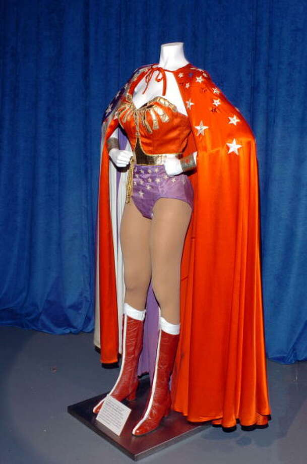 Wonder Woman costume Photo: L. Cohen / WireImage