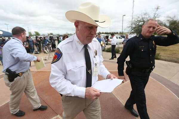Texas, Colorado officials probe shooting ties - SFChronicle com