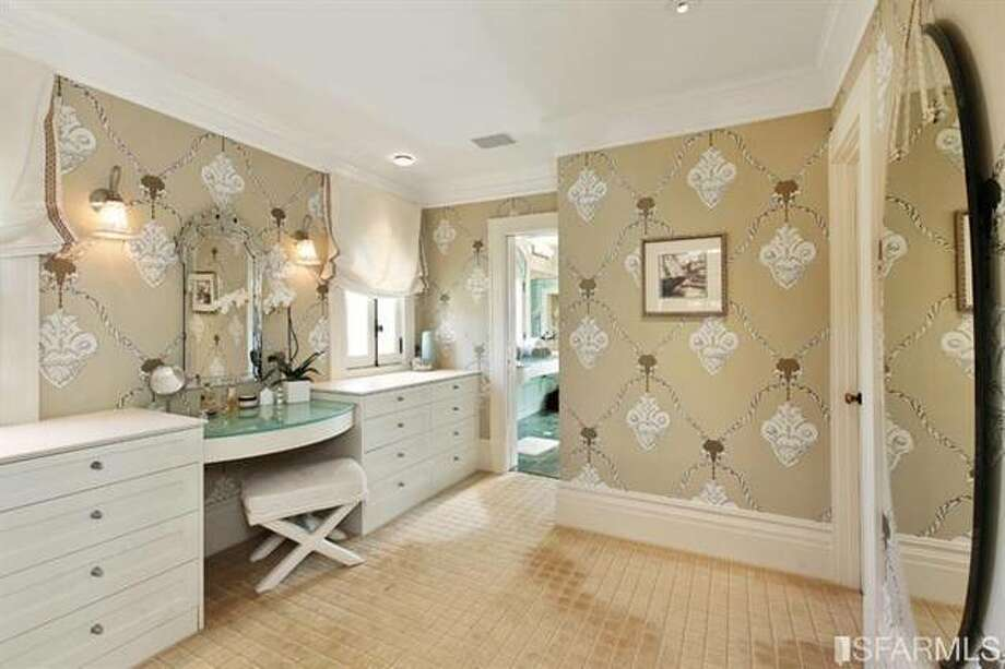 Luxury bath. Estately via SFMLS / TRI Coldwell Banker