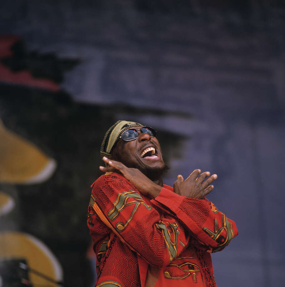 Jamaican singer Jimmy Cliff performs on stage at the New Orleans Jazz and Heritage Festival in New Orleans, Louisiana on May 06, 2000. Photo: David Redfern, Redferns / 2000 David Redfern