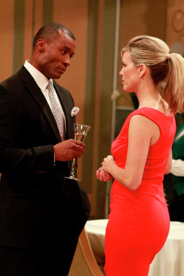 Sean Blakemore (Shawn) and Laura Wright (Carly) in 2012.(Photo by Ron Tom/ABC via Getty Images) Photo: Ron Tom, ABC Via Getty Images / 2012 American Broadcasting Companies, Inc.
