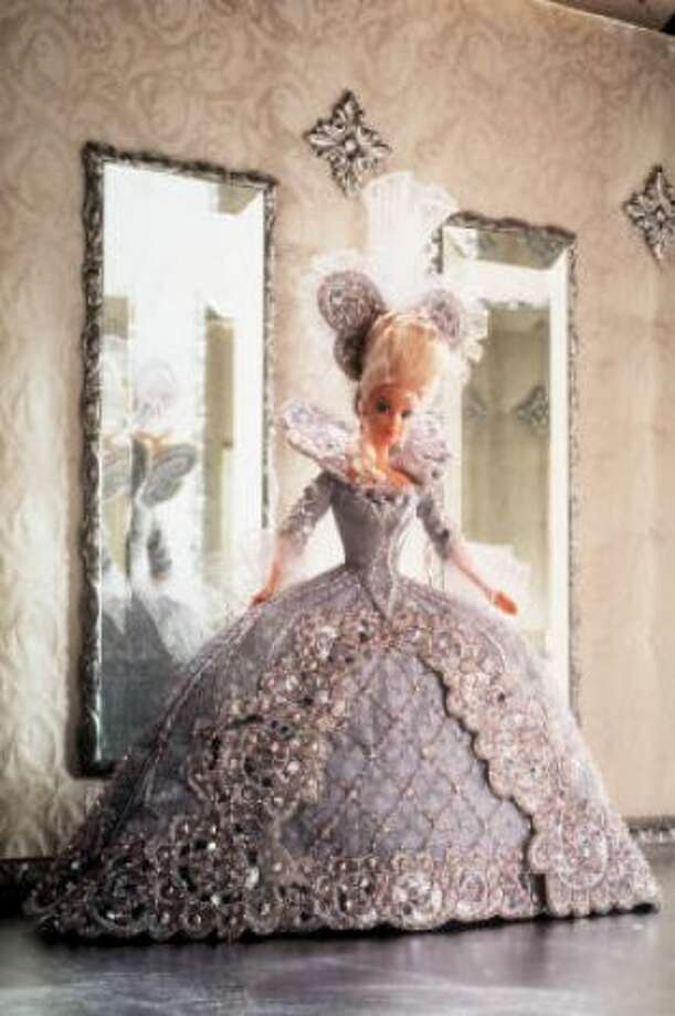 Madame Du Barbie looked ready for Versailles in 1997.