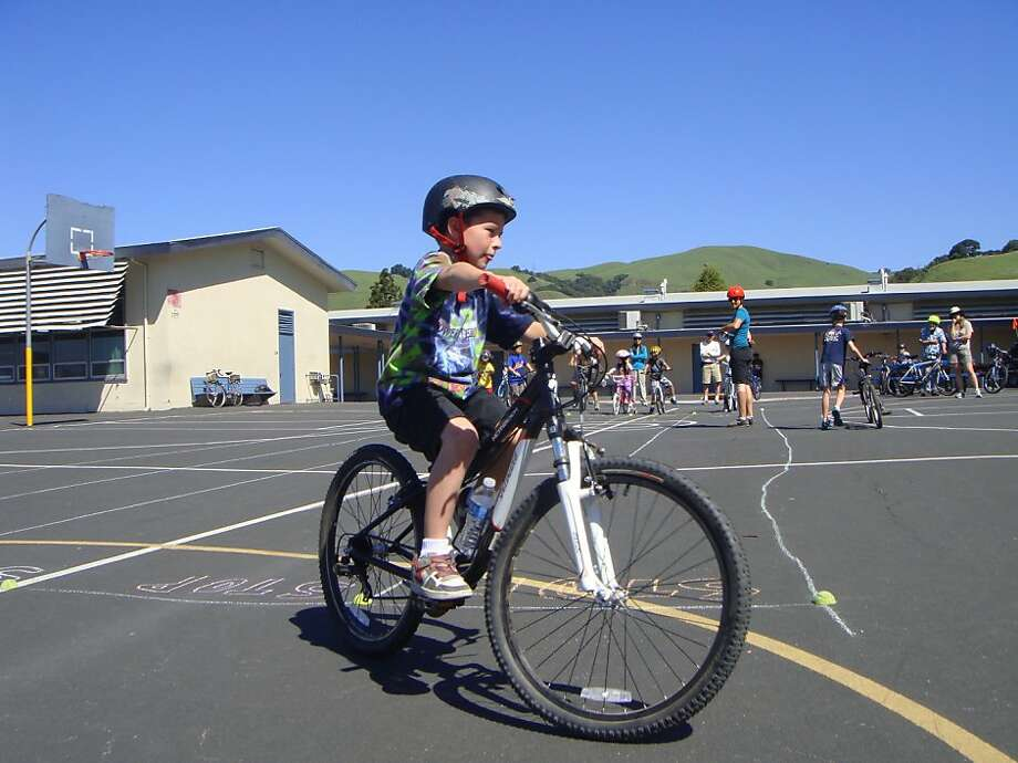 Family cycling workshops help children improve skills and build confidence, and many are planned throughout the Bay Area. Photo: Courtesy East Bay Bicycle Coalit