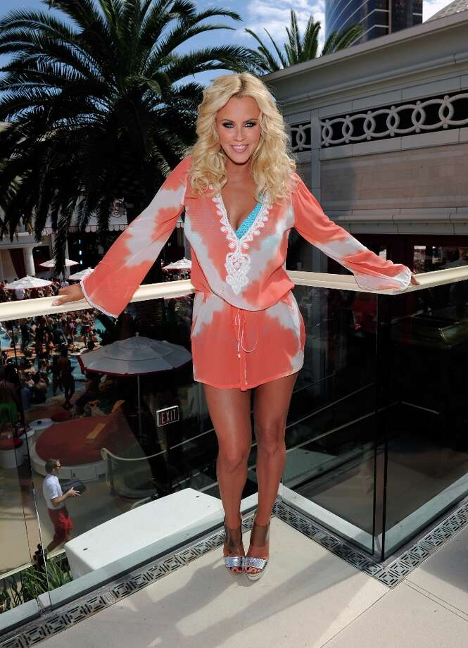 Actress Jenny McCarthy celebrates the renewal of The Jenny McCarthy Show at the Encore Beach Club at Encore Las Vegas on March 29, 2013 in Las Vegas, Nevada. Photo: David Becker, WireImage / 2013 WireImage