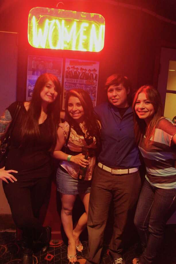Stevie Johnson, Jessica Moreno, Brenda Zamora, and Lilly Moreno are happy to be at El Fuerte.