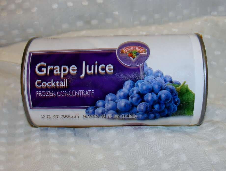Juice cocktails often have large amounts of HFCS. Photo by Amanda Pellegrin.
