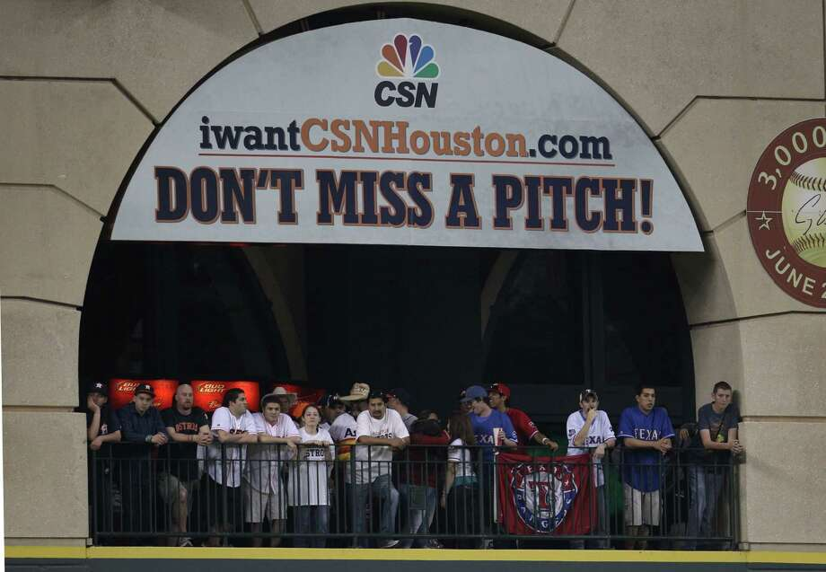 Unless deals with additional carriers are struck today, many Astros fans will not receive the Comcast SportsNet telecast of tonight's game. But the Rangers' broadcast will be available on Fox Sports Southwest. Photo: Karen Warren, Staff / © 2013 Houston Chronicle
