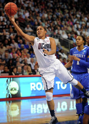 UConn's Kaleena Mosqueda-Lewis drives to the basket during their 83-53 victory over Kentucky in the elite eight round of the NCAA Women's Basketball Tournament at the Webster Bank Arena in Bridgeport, Conn. on Monday, April 1, 2013. Photo: Brian A. Pounds / Connecticut Post