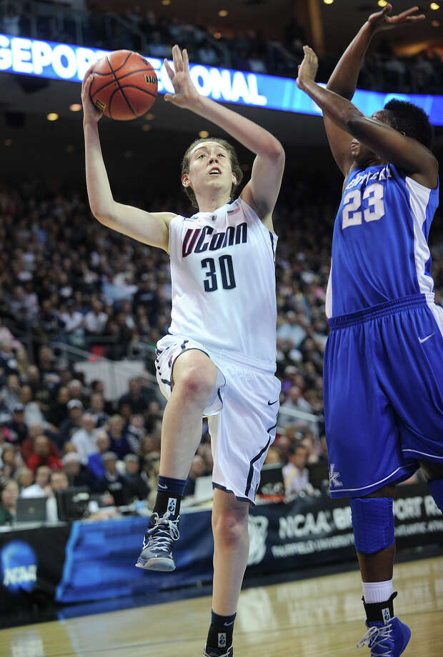 UConn's Breanna Stewart drives to the basket during their 83-53 victory over Kentucky in the elite eight round of the NCAA Women's Basketball Tournament at the Webster Bank Arena in Bridgeport, Conn. on Monday, April 1, 2013. Photo: Brian A. Pounds / Connecticut Post