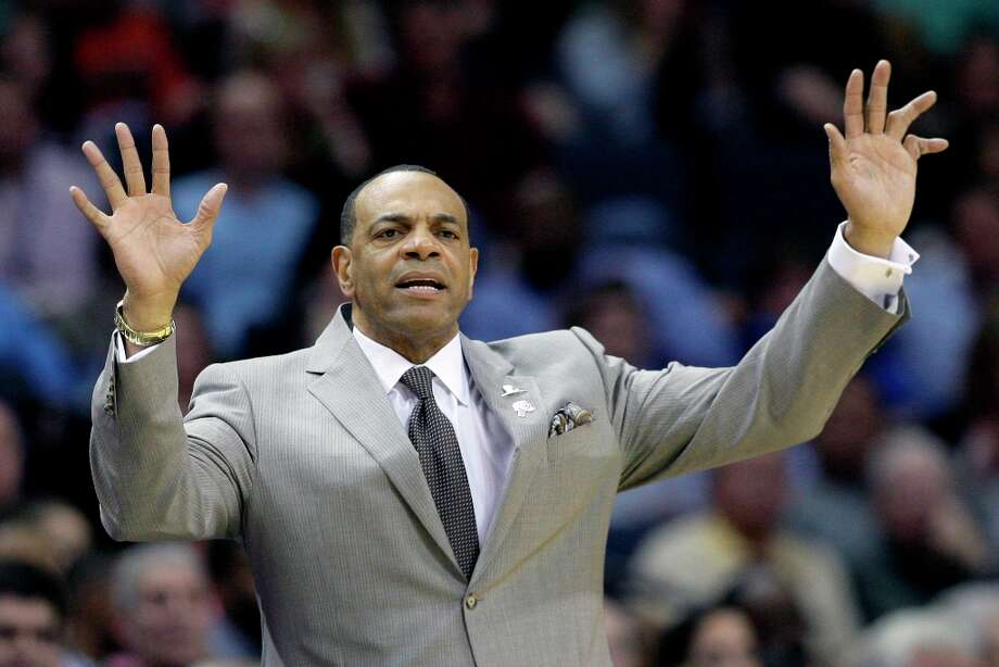Memphis Grizzlies coach Lionel Hollins gestures during the second half in Memphis, Tenn., Monday, April 1, 2013. The Grizzlies defeated the Spurs 92-90. Photo: Danny Johnston, Associated Press / AP