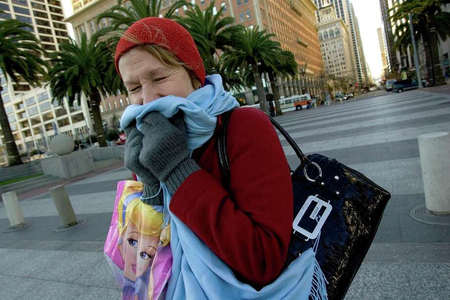Temperatures are expected to plummet to the low 40s by Thanksgiving morning in San Francisco. Photo: David Paul Morris, SFC / The Chronicle