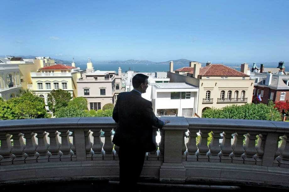 Know where Pacific Heights actually begins and ends—not where the real estate people say it does. Photo: Lance Iversen, The Chronicle / The San Francisco Chronicle