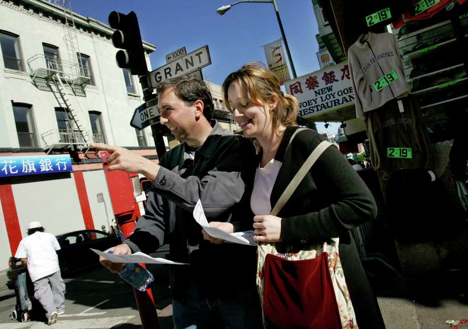 Send tourists to Grant Ave... Photo: Katy Raddatz, SFC / The Chronicle