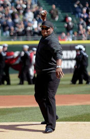 Former Chicago White Sox and Kansas City Royals player Bo Jackson throws out the ceremonial first pi