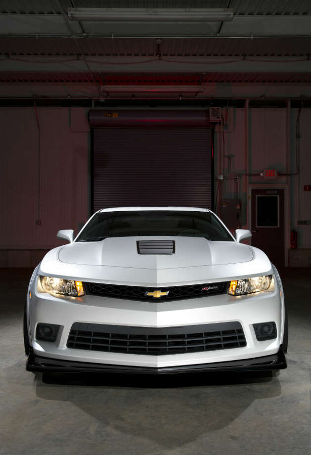 2014 Chevrolet Camaro Z/28. Photo: Chevrolet