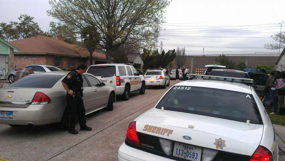 The girl made the gruesome discovery on Tuesday in the 13900 block of Chuckwood. (Mike Glenn/Chronicle)