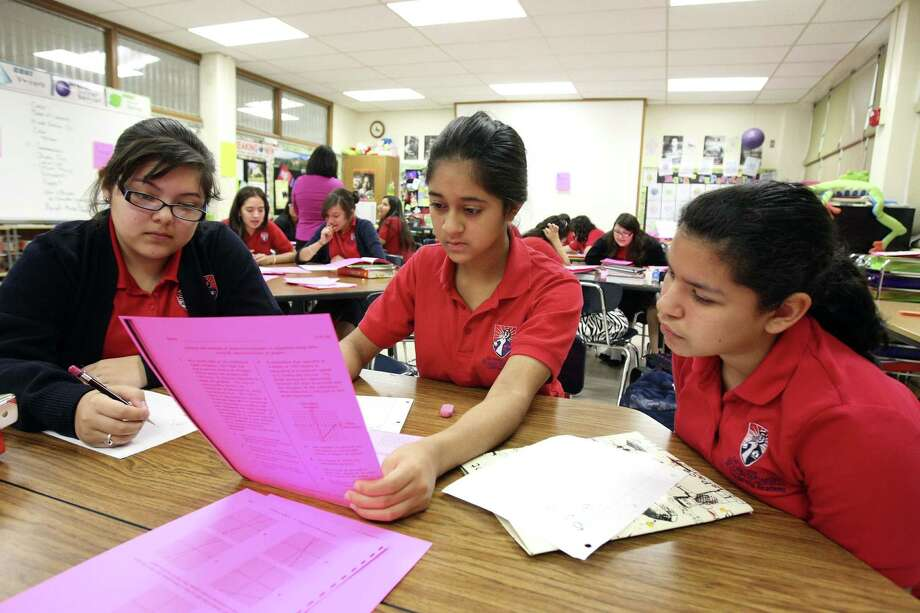 Victoria Tamez (from left), Madison Rodriguez and Celine Barrera study for the STAAR exam last May. Photo: Helen L. Montoya, San Antonio Express-News