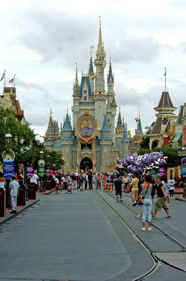 When it comes to technology at theme parks, Disney still has the magic. Photo: Ed Sackett, Orlando Sentinel / 00082724A